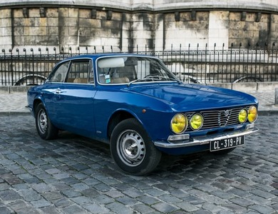 Alfa Romeo Gt 1600 Junior à Courbevoie (Hauts-de-Seine)