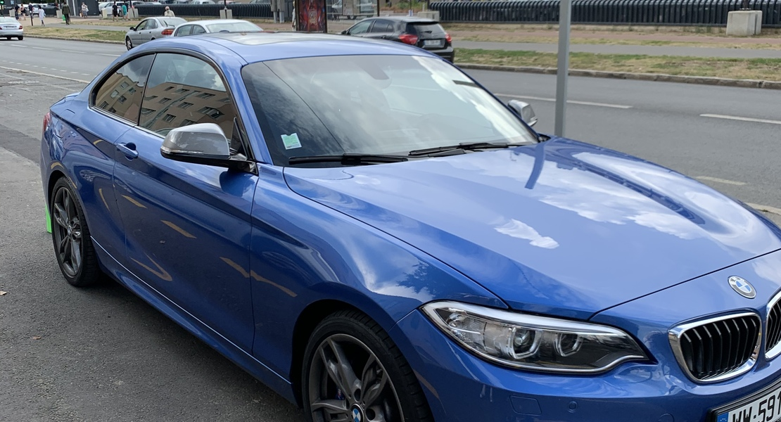 location-BMW-Châtenay-Malabry-roadstr