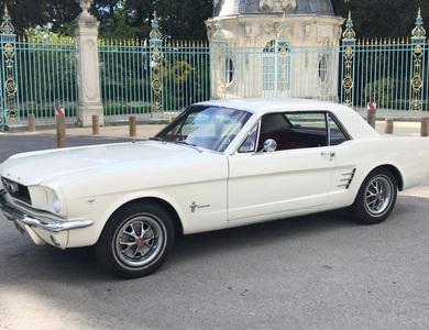 Ford Mustang (1ère Gen) à Nanterre (Hauts-de-Seine)