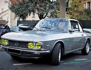 Lancia Fulvia Coupé 1.3s à Paris (17ème arr.)