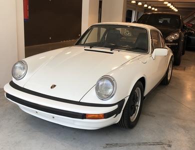 Porsche 911 (930) 2.7l à Saint-Julien-les-Villas (Aube)