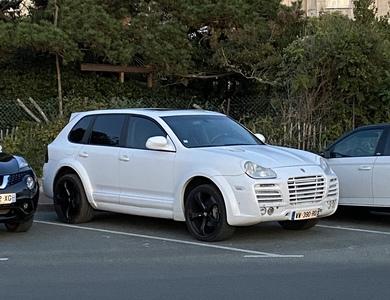 Porsche Cayenne à Aixe-sur-Vienne (Haute-Vienne)