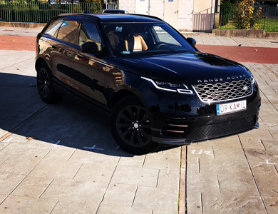 Land Rover Velar à Chilly-Mazarin (Essonne)
