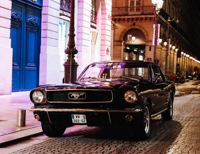 Ford Mustang (1ère Gen) à Verrières-le-Buisson (Essonne)