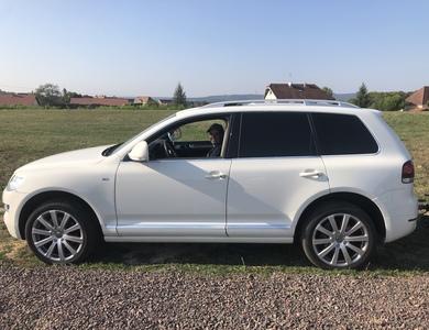 Volkswagen (vw) Touareg à Polaincourt-et-Clairefontaine (Haute-Saône)