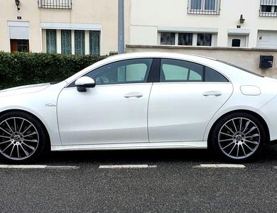 Mercedes-benz Cla 200 à Saint-Jean-de-Braye (Loiret)