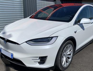 Tesla Model X à Cournonterral (Hérault)