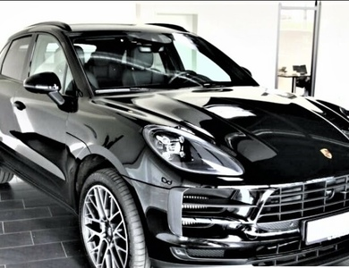 Porsche Macan à Bastia (Haute-Corse)