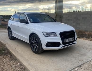 Audi Sq5 à Saint-Gilles (Gard)
