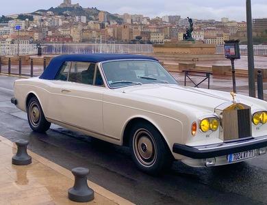 Rolls Royce Corniche à Marseille (10ème arr.)