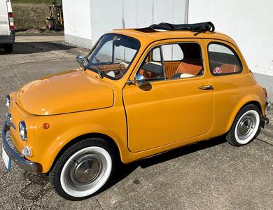 Fiat 500 F à Clamart (Hauts-de-Seine)
