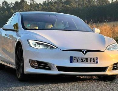 Tesla Model S Performance à Bordeaux (Gironde)