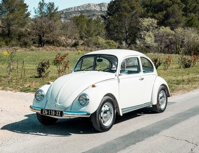 Volkswagen (vw) Coccinelle 1200 Blanche à Aix-en-Provence (Bouches-du-Rhône)