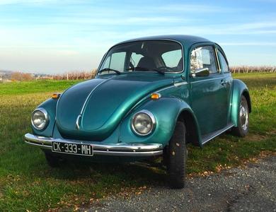Volkswagen (vw) Coccinelle 1303 à Saint-Germain-au-Mont-d'Or (Rhône)