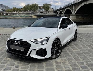 Audi S3 Berline à Paris (4ème arr.)