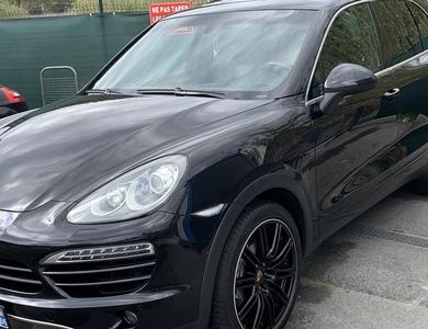 Porsche Cayenne S à Drap (Alpes-Maritimes)