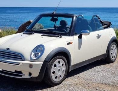 Mini Cabriolet à Cavalaire-sur-Mer (Var)
