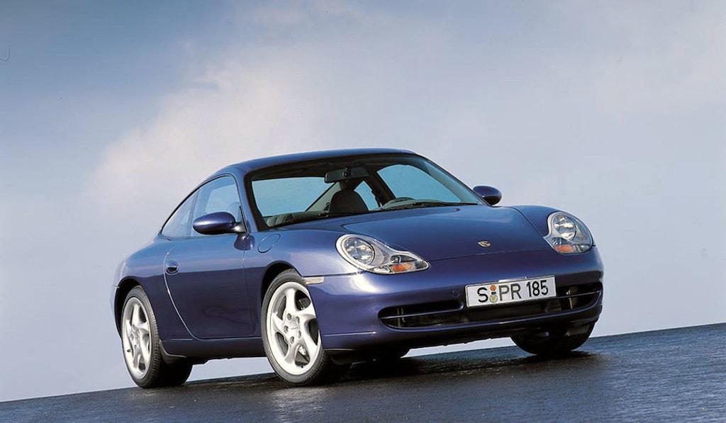 Porsche 996 bleue