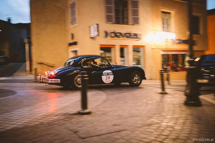 Jaguar XK140 Coupe noire de nuit