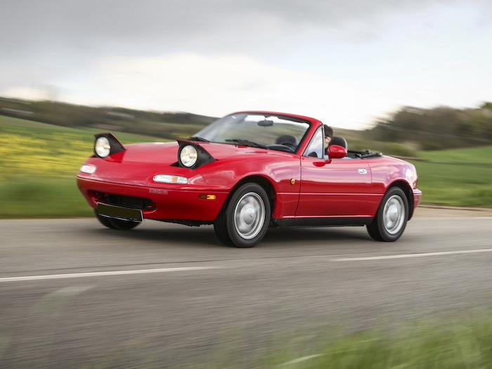 Mazda MX5 NA rouge