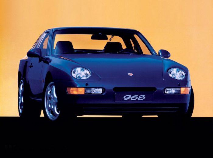 Porsche 968 bleue