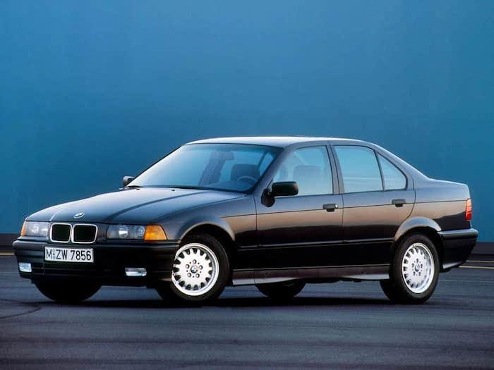 BMW E36 noire