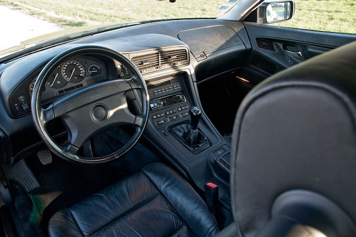 Intérieur de BMW 840CI