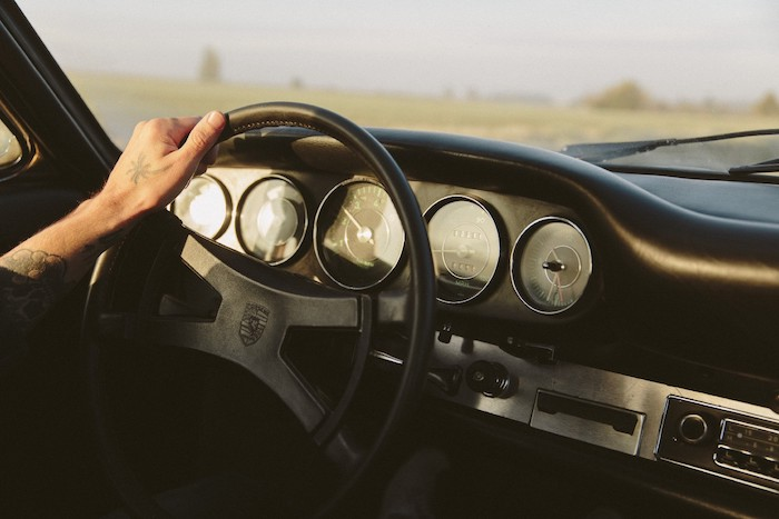 Tableau de bord en cuir noir de Porsche 912