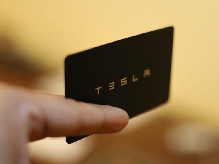 Carte Tesla